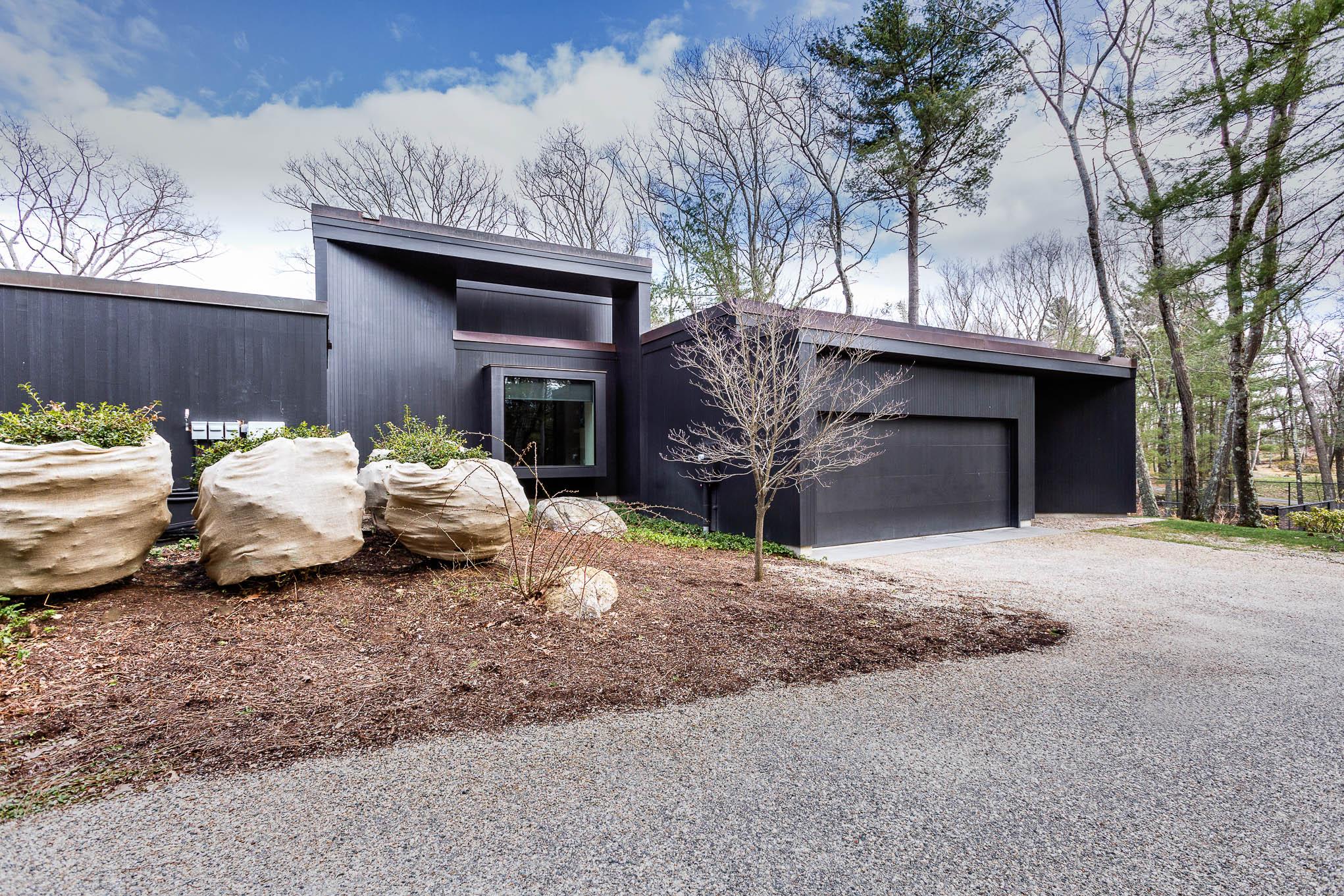 Lincoln Luxury Modernist Estate