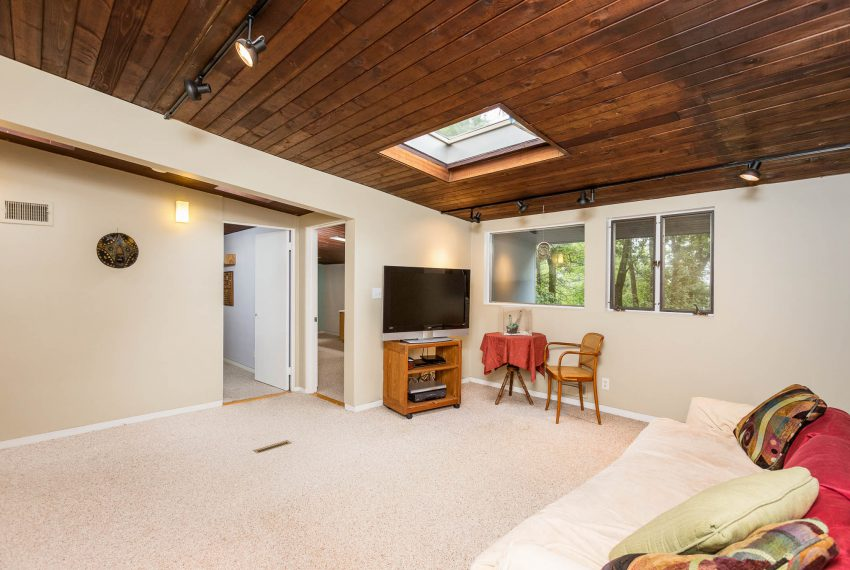 Three-Bedroom Suite with Sitting Room