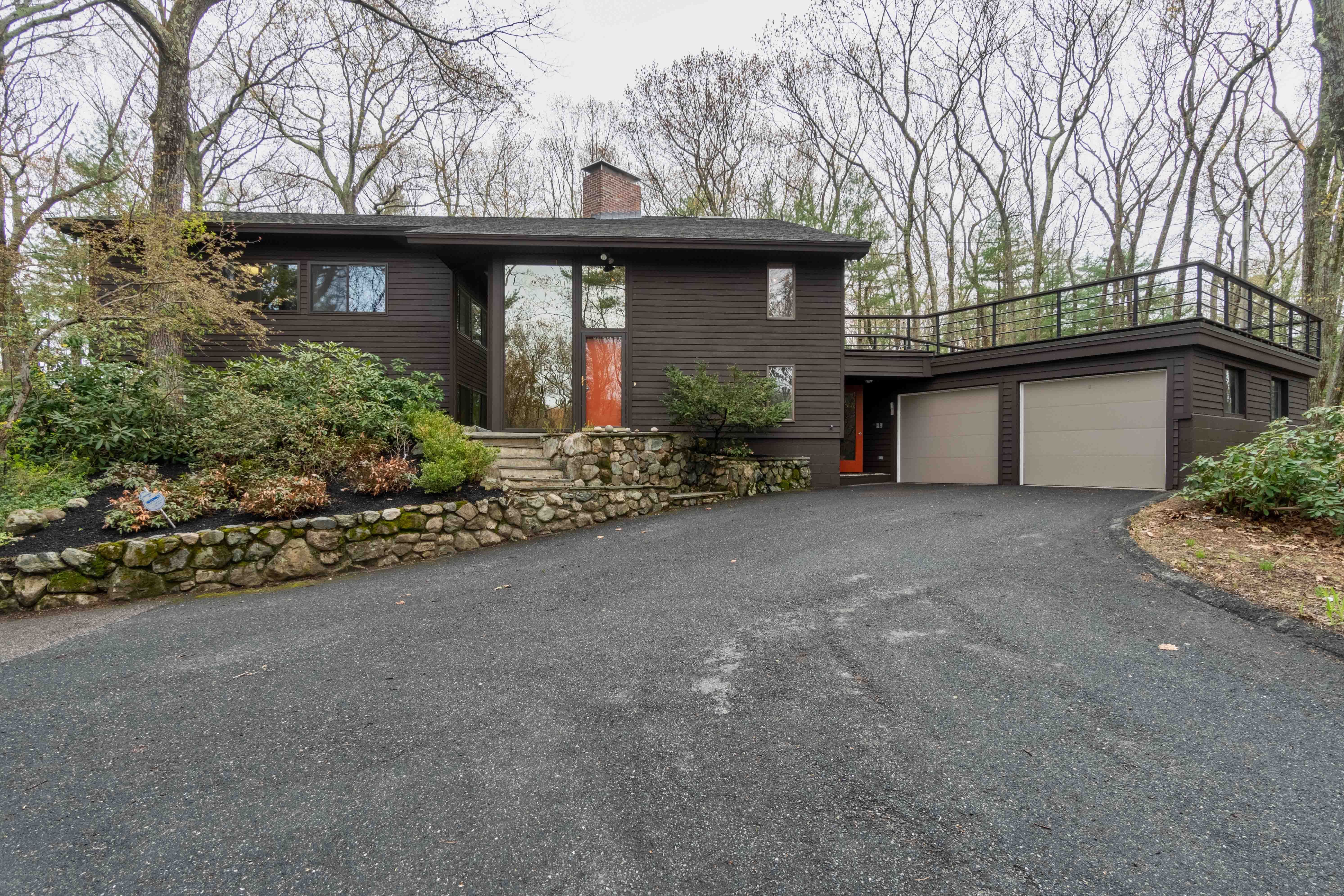 New Brown's Wood Lincoln Listing!