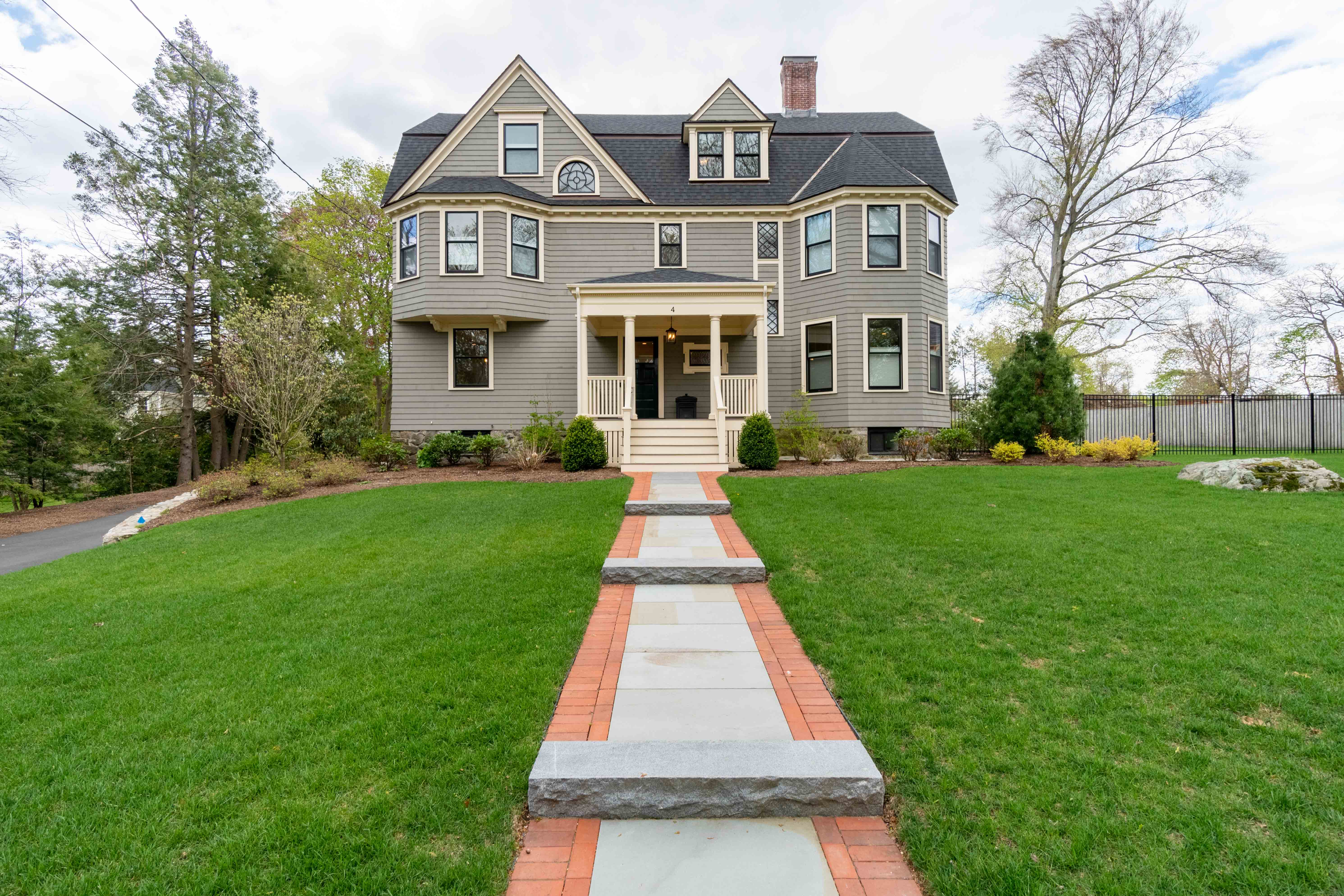 Exquisitely Restored and Expanded Queen Anne on Munroe Hill