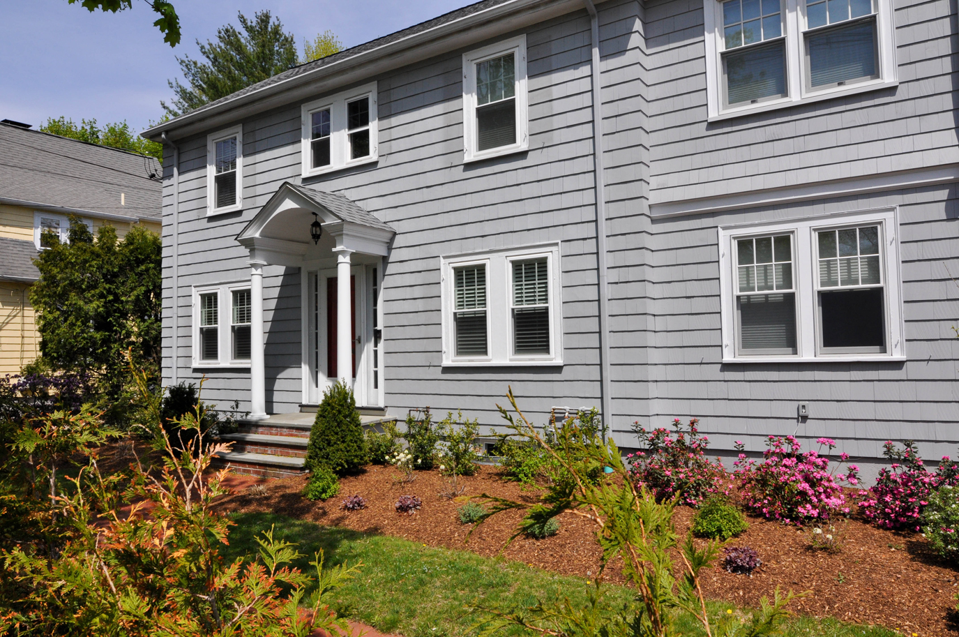 Centrally Located Lexington Colonial
