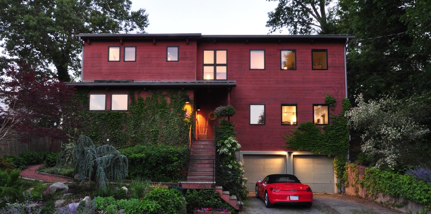 Singular 2005-Built Modern Home in Lexington