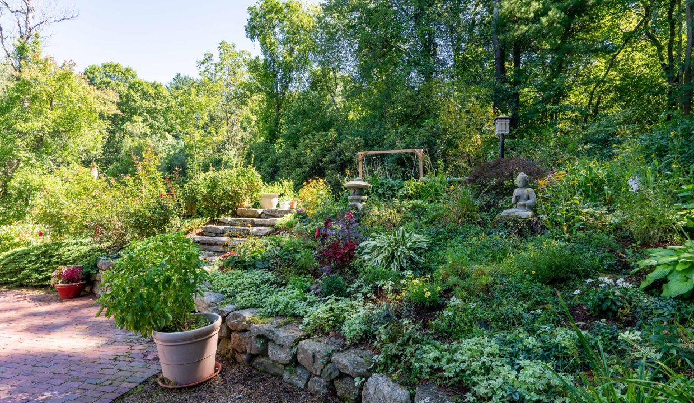 EXT gardens